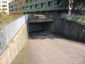 Tiefgaragenstellplatz in Geismar