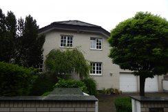 Exclusive 3-Zimmerwohnung ca.130m² in Unternehmervilla in Rosdorf!