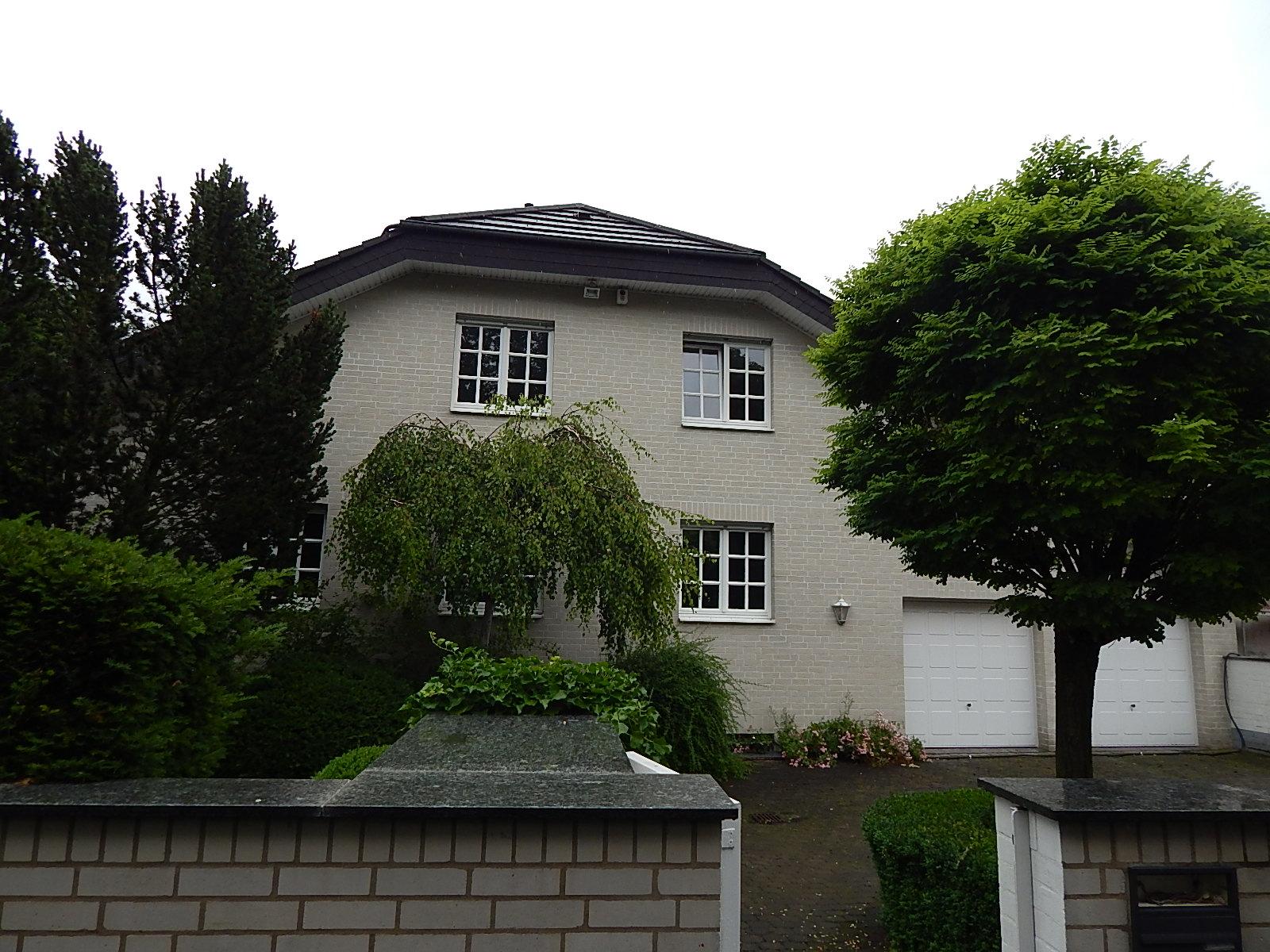 Exclusive 3-Zimmerwohnung ca.145m² in Unternehmervilla in Rosdorf!