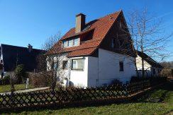 Freistehenden Einfamilienhaus mit Garage! In Friedland Reckeshausen!